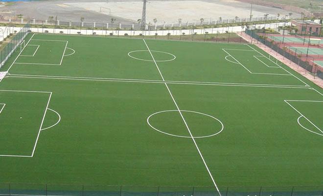 足球场人造草坪铺设的施工步骤方案